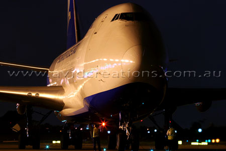 Hybrid Singapore Airlines Cargo
